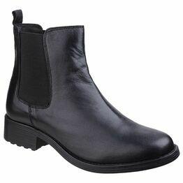 Cambridge Leather Chelsea Boot in Black