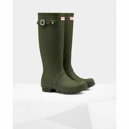 Hunter Original Tall Wellington Boots in Dark Olive