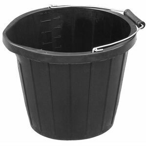 Mitchell 3 Gallon Bucket With Pourer - Black