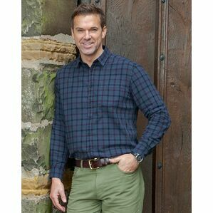 Hoggs of Fife Braemar Check Shirt in Navy