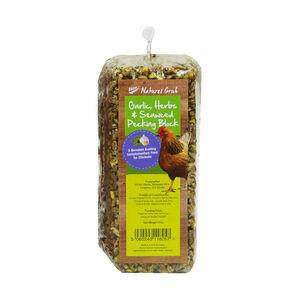 Natures Grub Pecking Block with Garlic, Herbs & Seaweed - 280g