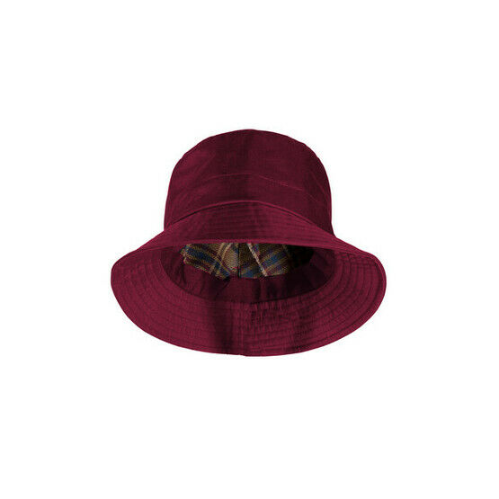 c006bd6daf967 Target Dry STORM 2 WOMENS WATERPROOF LINED RAIN HAT - Jester Red from £13.41